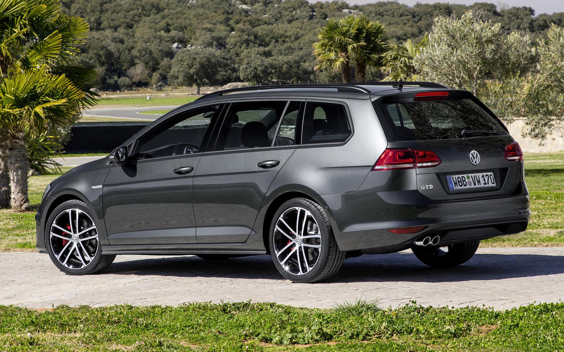 2015-volkswagen-golf-gtd-variant-25814-wide