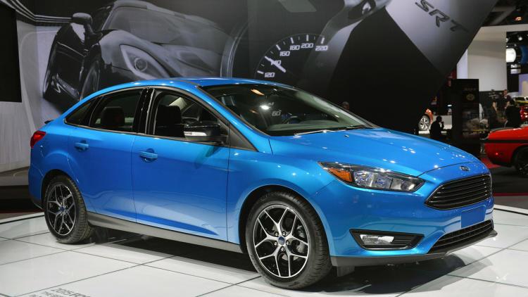 01-2015-ford-focus-sedan-ny-1