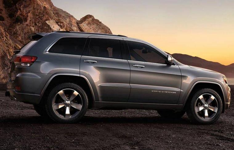 2016-Jeep-Grand-Cherokee-Silhouette-760×486