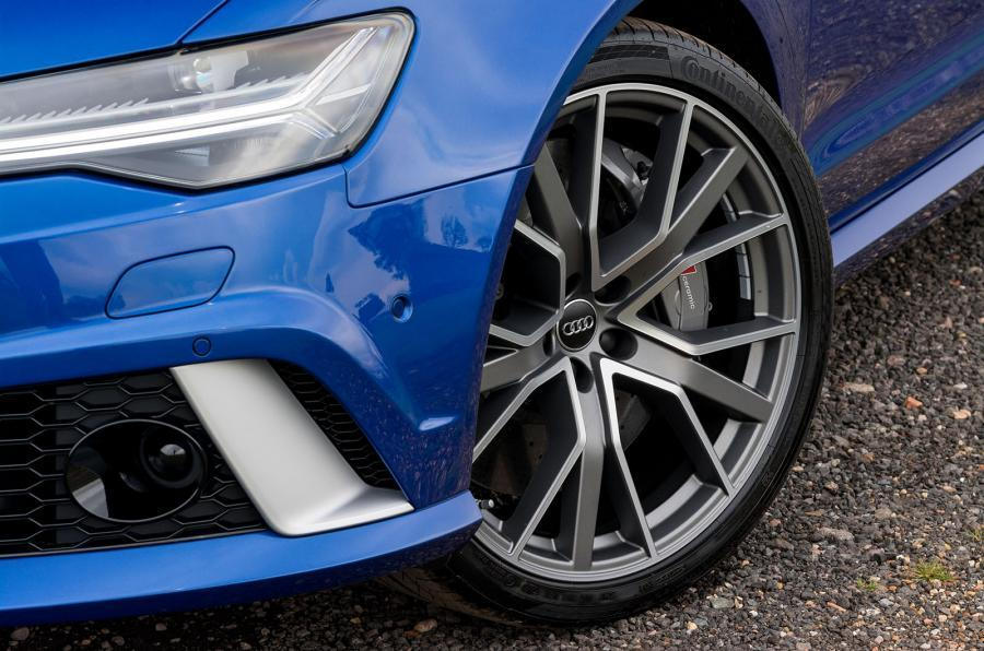 rs6-performance-1-178