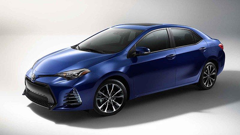 2017-Toyota-Corolla-01